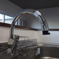 オープンキッチンで人気のグースネック水栓
